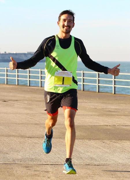 Adam Holland ran ten sub-3:00 marathons in ten days for a new world record. Image via the Newark Advertiser.